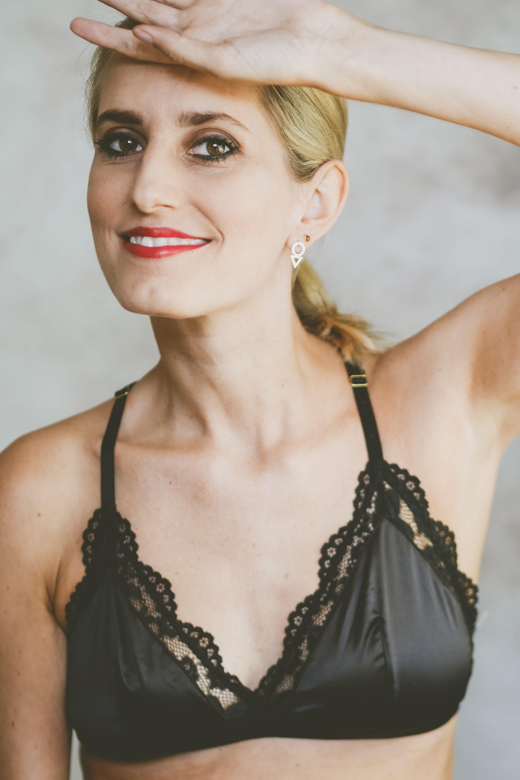 Malibu 2018 >> New Look Black Bra - Sophie Eggleton (20 of 30) - Sophie Eggleton